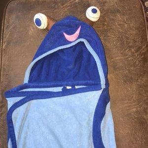 NWOT Kids' Hooded Snail Bath Towel